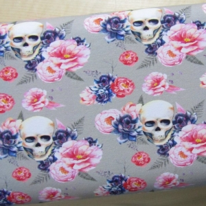 Sommersweat Skulls and Flowers
